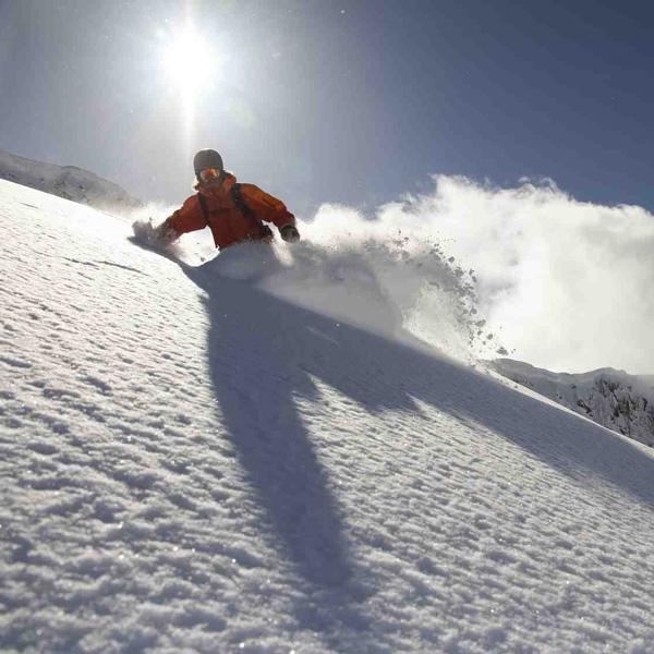Voir le matériel de snowboard