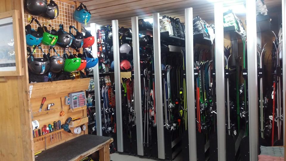 Location de ski: parc de location & gradiennage