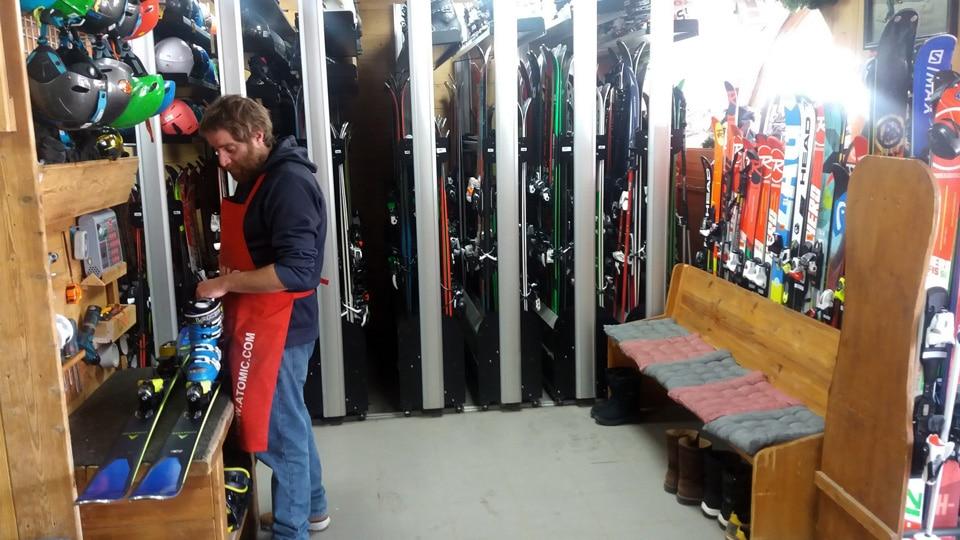Location ski: réglage fixation ski